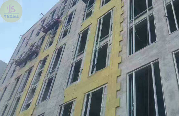 郑州岩棉板厂华金盛与河南五建达成合作